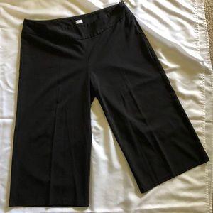 Ladies' black cropped pants